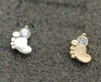 OEM Fashion Women Jewelry Earrings Hot CZ CZ Foot Print Stud Eearrings