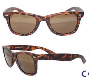 2015 stylish demi brown classic wayfarer sunglasses