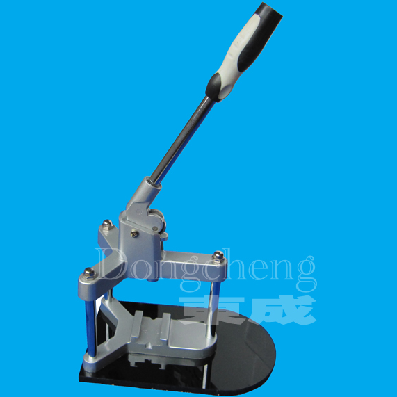 DCMA-003 Aluminium Badge Making Machine