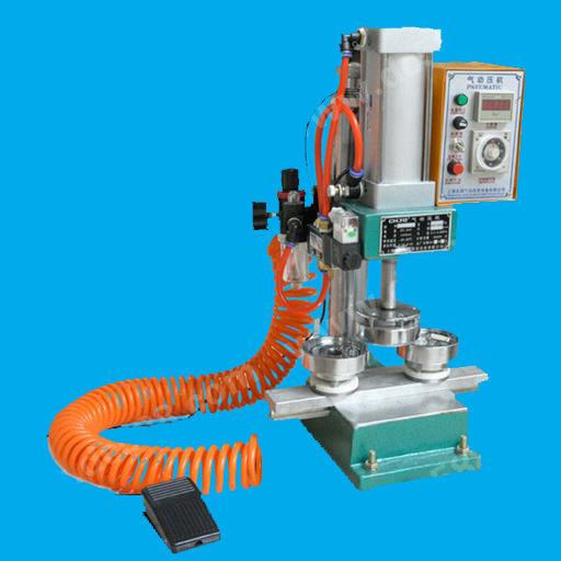 DCMA-007 Pneumatic Bagde Machine