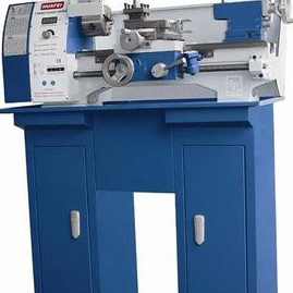 D250 Small lathe