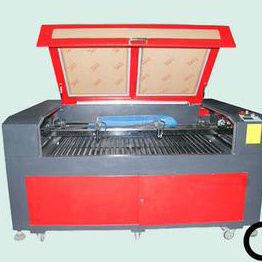 RECI laser tube CO2 laser engraving machine
