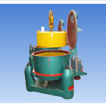 Three column pocket top discharge automatic batch centrifuge