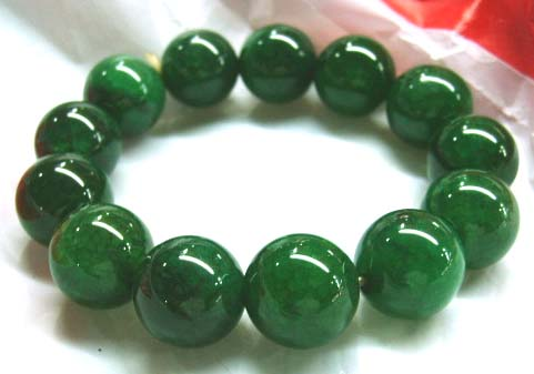 Exquisite pear faceted cut natural green agate stone
