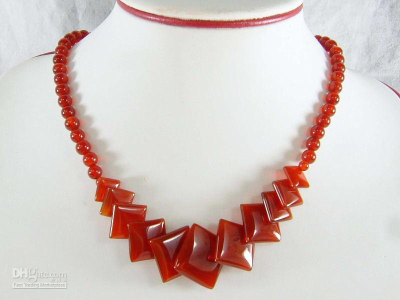 2013 China Manufacturer 10mm round bead red agate necklace