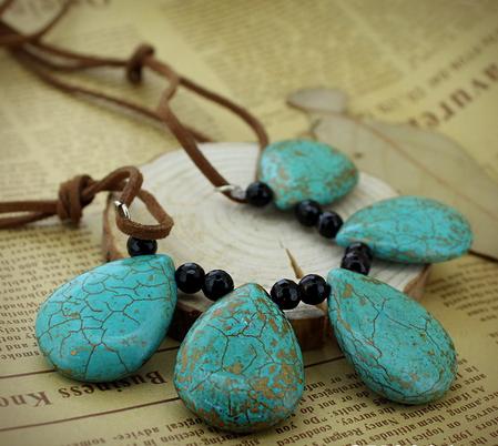 Hot selling Teardrop Howlite Gemstone Necklace Jewelry