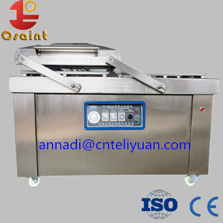 Poultry meat packing machine