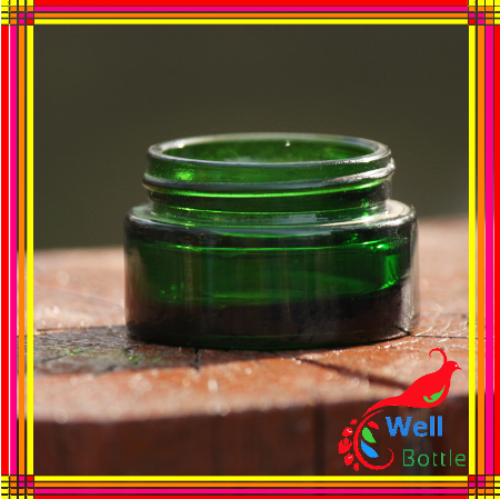 5ml green glass jar