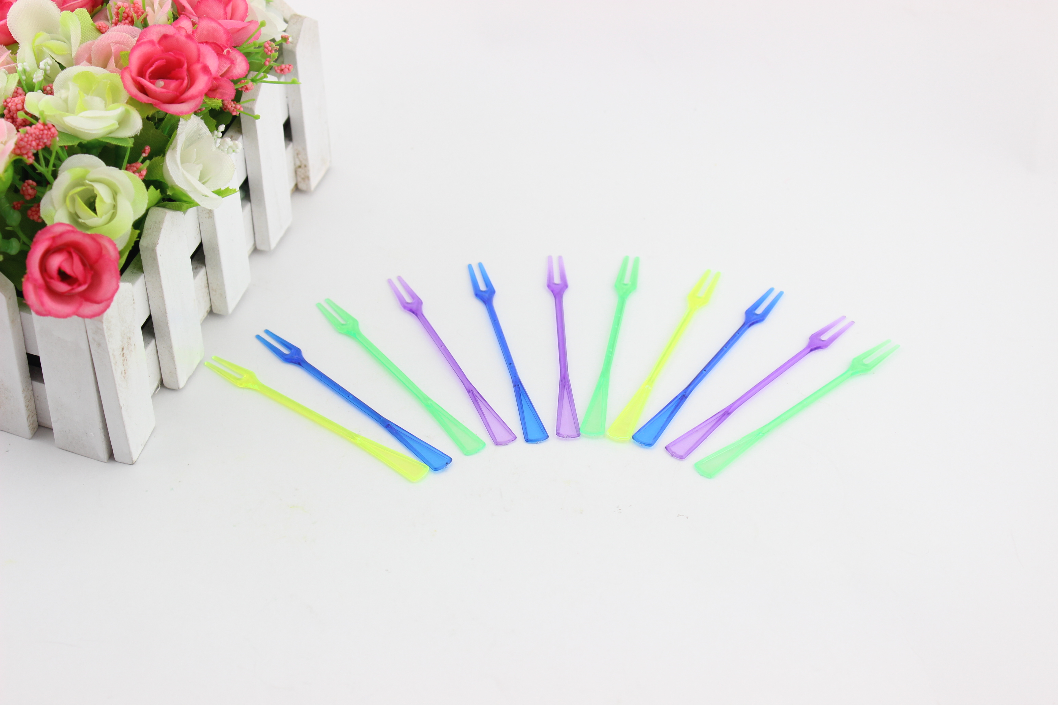Factory Price Resin Fruit Plastic Fork
