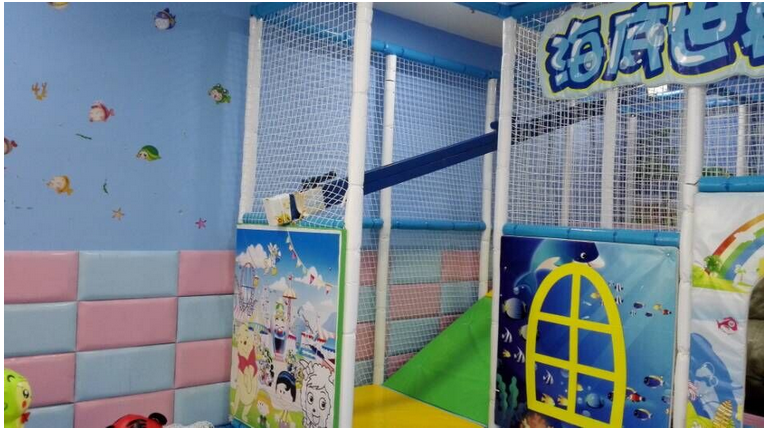 2015 latest 3 to 4 years indoor soft playground and good kida playground Investment project plan