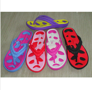 ladies' fashion colorful leaf eva injection beach slipper