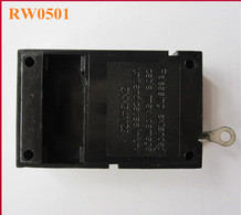Retractable pulling-box for retail products open exhibit with ring terminal end fitting