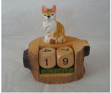 Wooden carved animal Calendar China factory