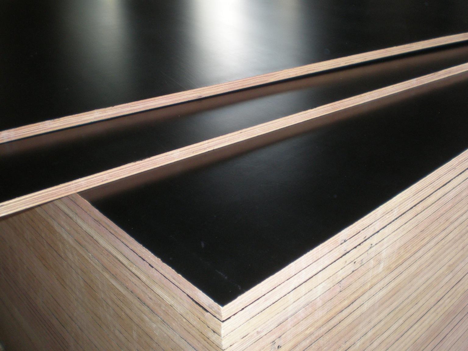 HOT   Good quality FSC Film faced plywood
