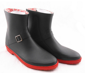 2015 New item black fashion rubber rian boot