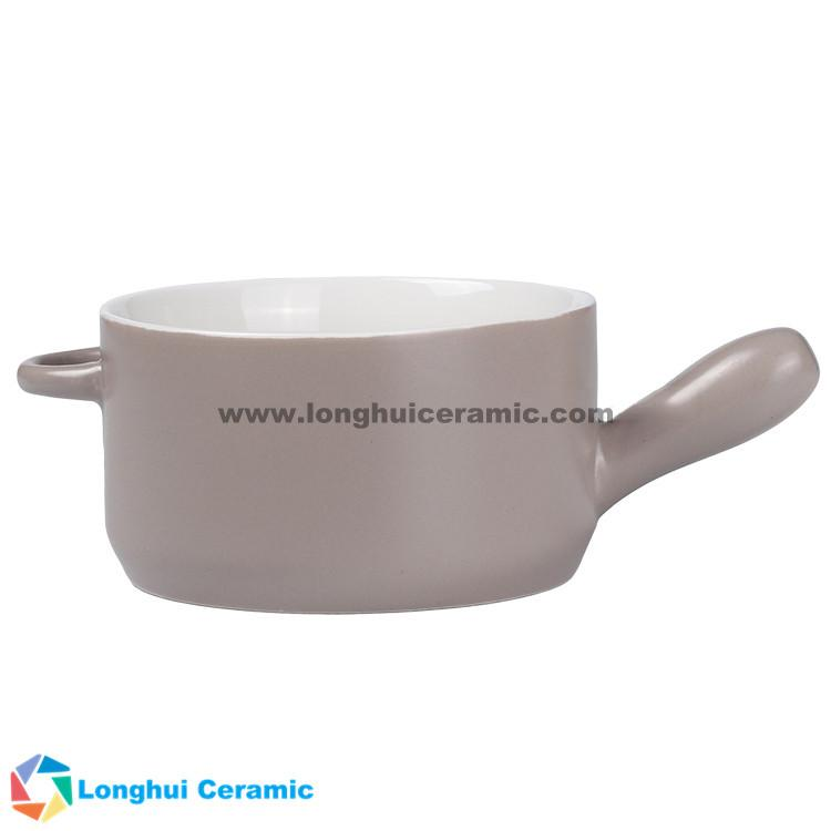 Custom two-tone ceramic soup bowl with one ear and one handle