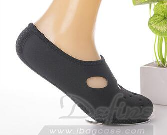 High quality ventilate quick drying fashion neoprene socks