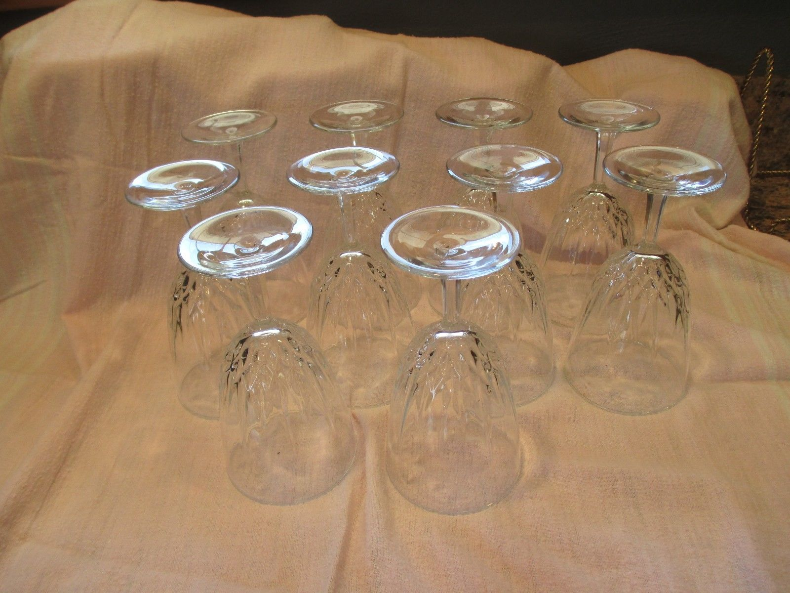 Fancy Design Horn Clear Antique Wine Glass with Stem