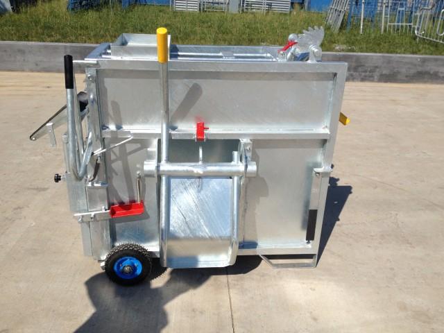 Mobile Calf Box