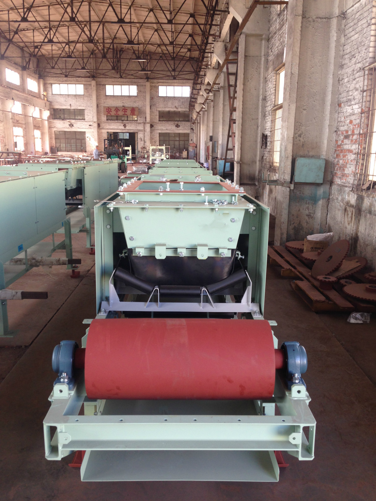 Dalian manufacturer ,Outsourcing services High quality roller conveyor/conveyer