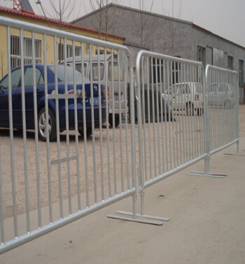 2016 hot sale crowded control barrier temporary fence