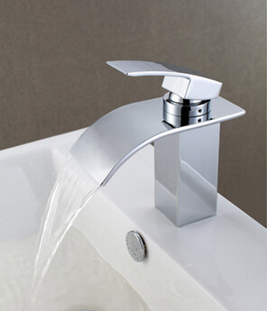 Single hole brass bathroom wash basin waterfall faucet