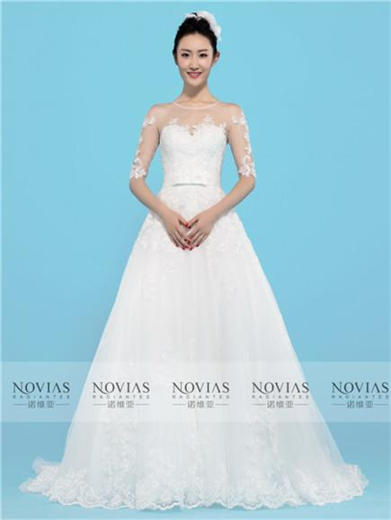 NOVIAS WEDDING DRESSES