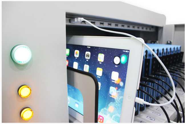 Pad Tablet charging cart for 52pcs USB port