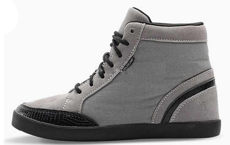 high top canvas shoes