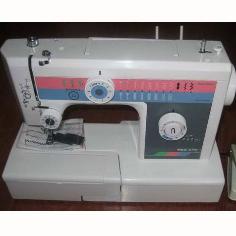 JH820ATF Buttonhole Sewing Machine