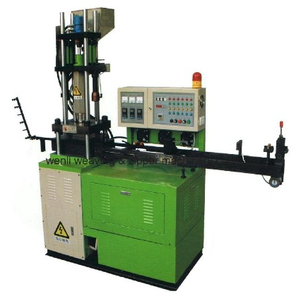 Auto Plastic Zipper Chain Injection Machine
