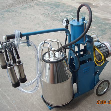 Piston-typed Mobile Milking Machine