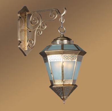 Moroccan elegant brass wall lamp