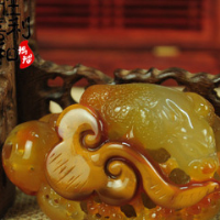 A natural agate press of the hand The jade hand pieces Pure manual hollow out Agate parts wholesale manufacturers selling in hand