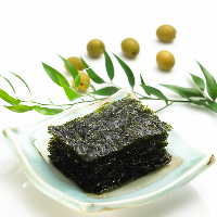 delicious sushi nori roasted seaweed