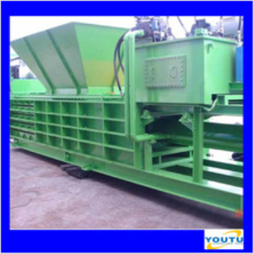 Automatic horizontal baling press machine