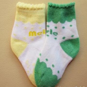 Fashion design combed cotton baby socks