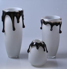 Fashion design crown glass vase