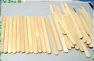 Birch Wooden Ice Cream Sticks of Different Sizes