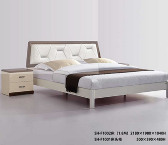 CLASSIC High Quality Bedroom Furniture Set