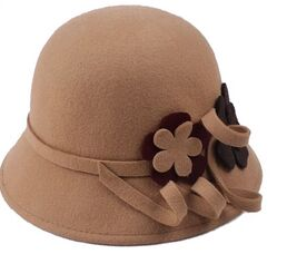 Cloche lady felt hat