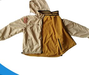 beige jacket with hat/Both sides to wear