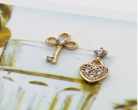 Fashion Women Jewelry Earrings Hot Key Heart Locket Stud Earrings