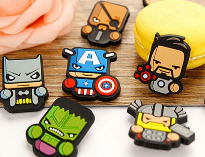 customized cartoon soft pvc brooch/badge for kids