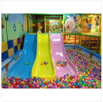 child educational games and kids amusement playground park