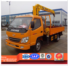 T-king truck with loading crane, hydraulic 2ton truck crane