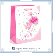 Gift bag with tiny flowers
