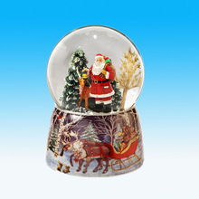 Hot Sale Resin Christmas Craft Gifts Santa and Reindeer Snow Globe Music Box