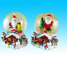 Hand made mini resin glass ball/water snow ball santa inside