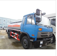 Dongfeng 4x2 fuel tanker truck capacity 8m3 with best price for sale 008615826750255 (Whatsapp)